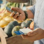 Square launches contactless card reader