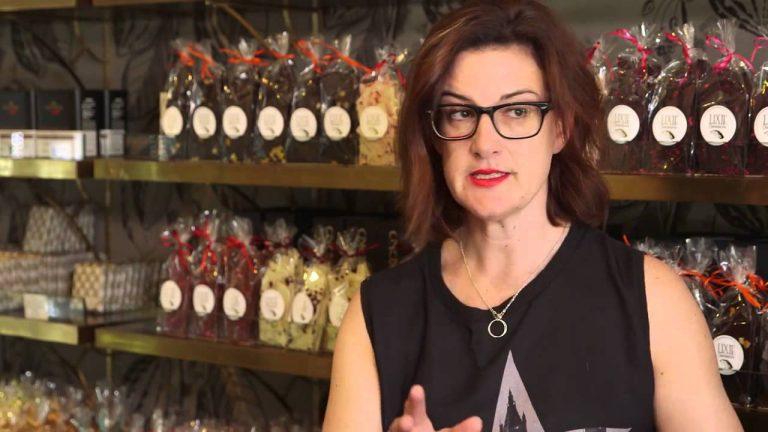 Series 9 Episode 1: Time management, Rhino Racks and Aussie Bum