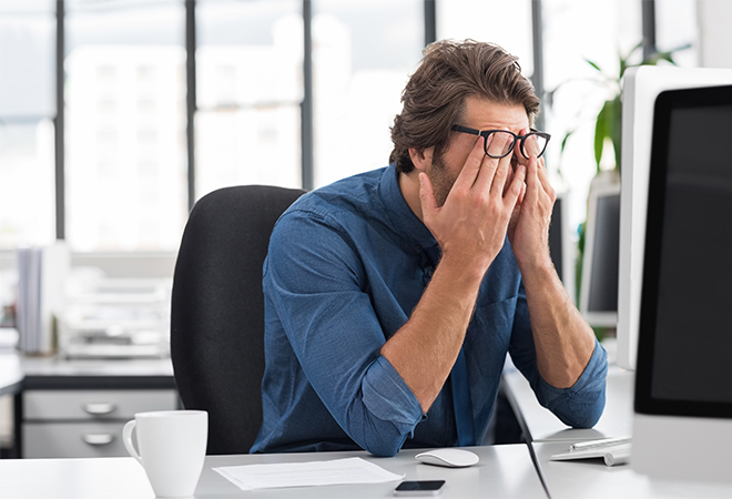AMP study finds financial stress costing Aussie businesses billions
